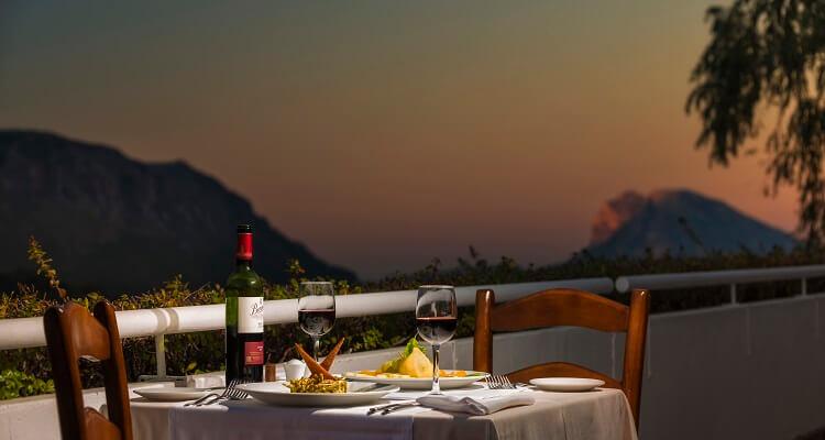 Ein Dinner im Hotel Fuerte