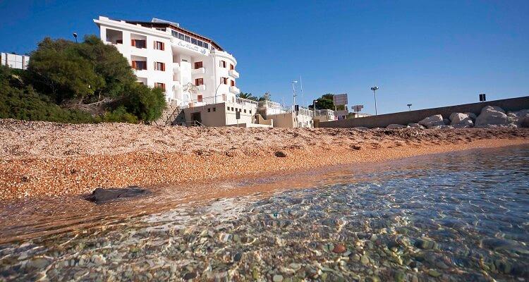 Der Strand des Hotel Bue Marino