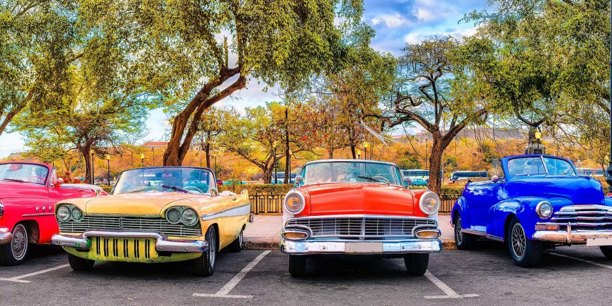 Ein Traumziel für Oldtimer-Liebhaber ist Kuba auf alle Fälle