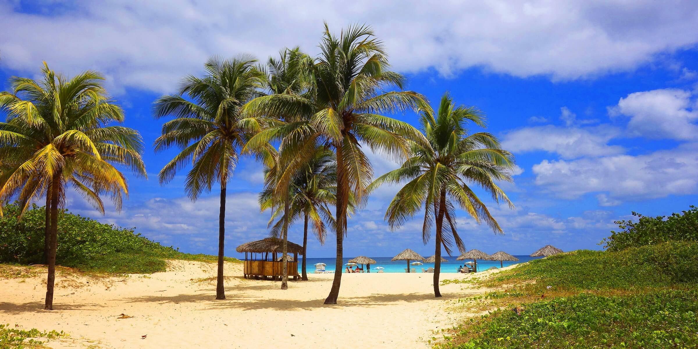Der kubanische Strand lädt zum Entspannen ein