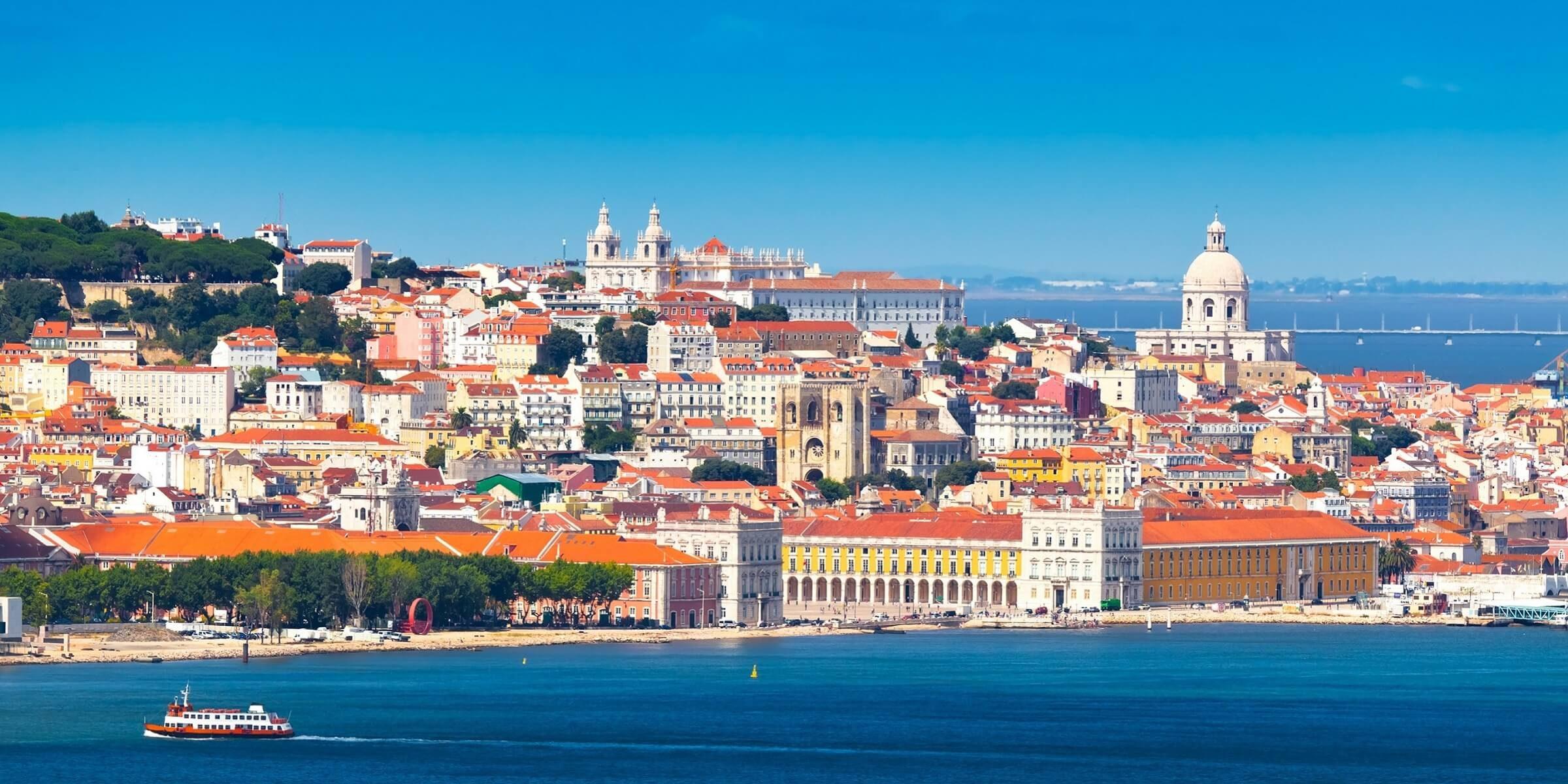 Der atemberaubende Blick vom Tejo auf Lissabon