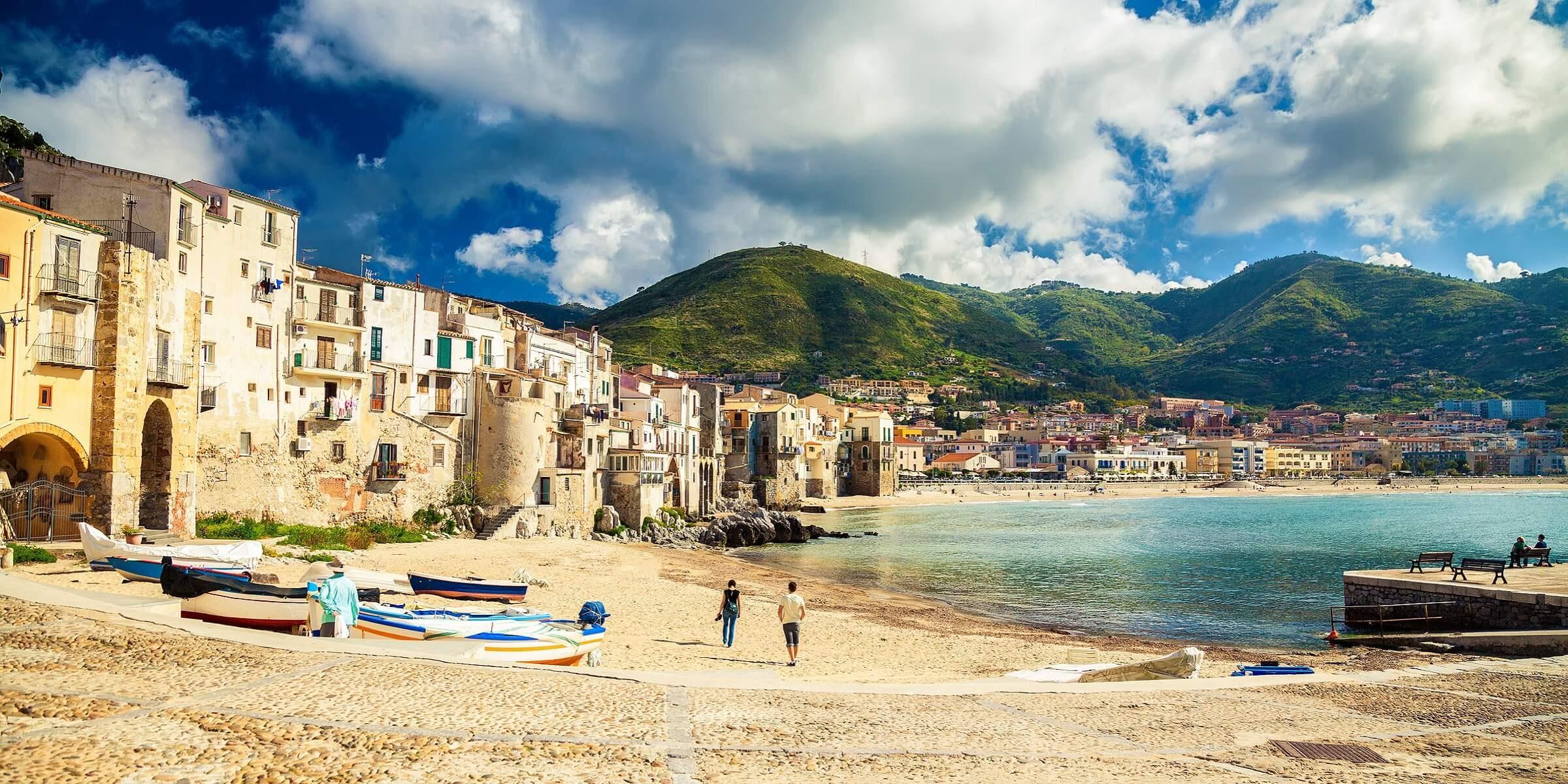 Kleiner aber feiner Strandabschnitt auf Sizilien
