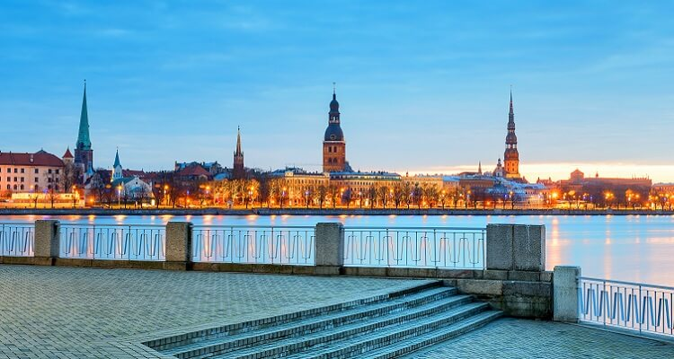 Single Urlaub in drei Ländern: Lettland, Estland und Litauen