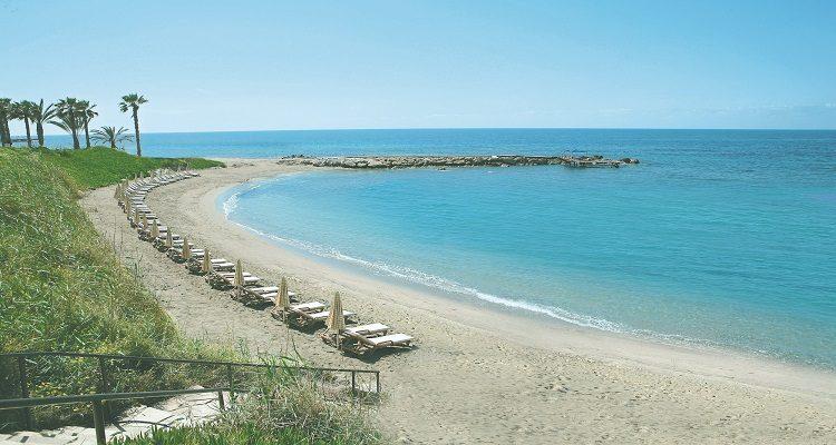 Der Strand des Alexander Hotels auf Zypern