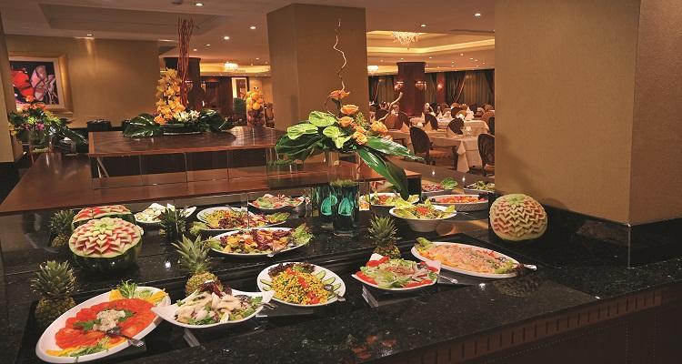 Das Buffet im Alexander Hotel ist abwechslungsreich und vielfältig