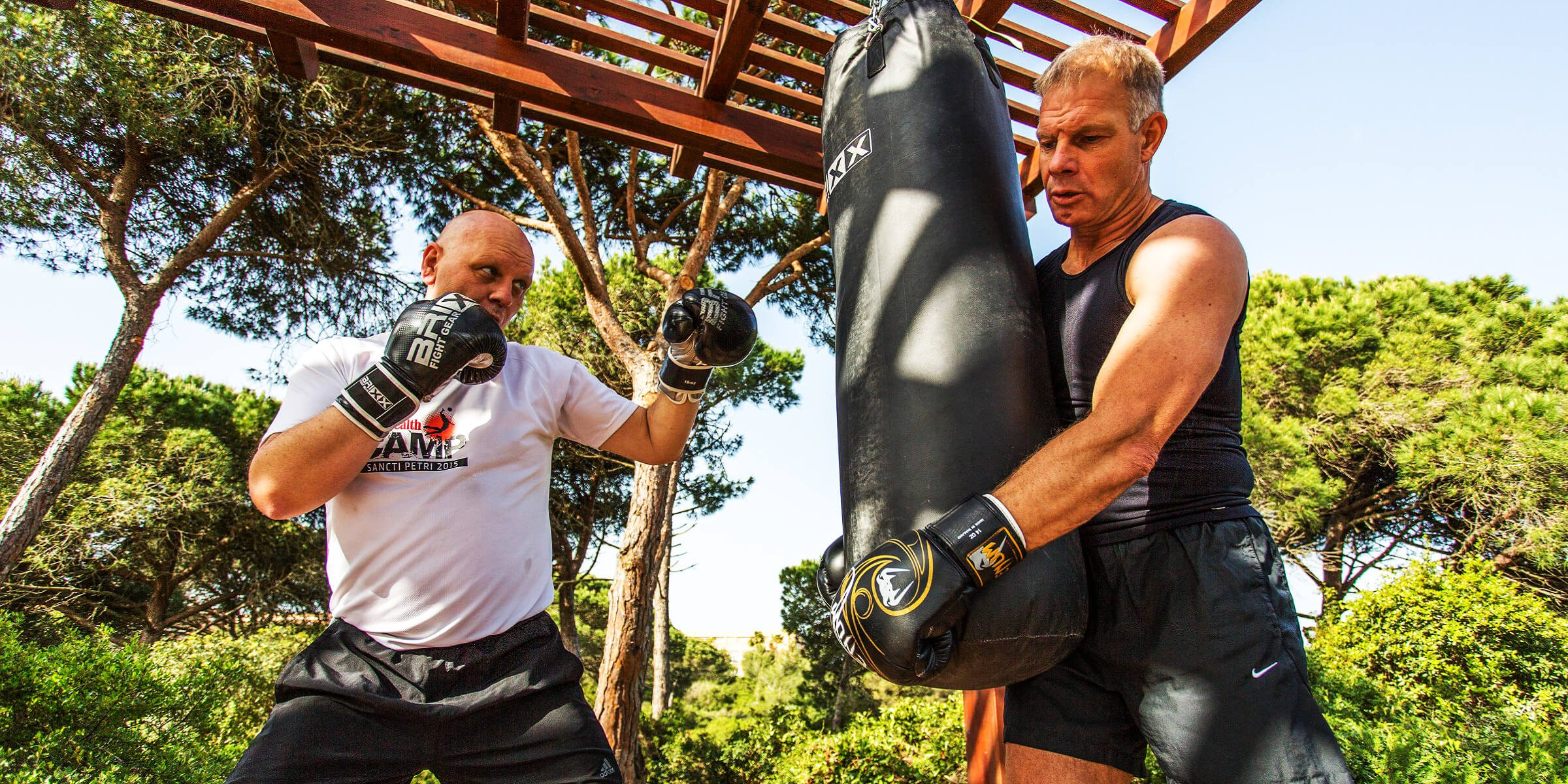 Boxen ist eine der Übungseinheiten im Men´s-Health-Camp