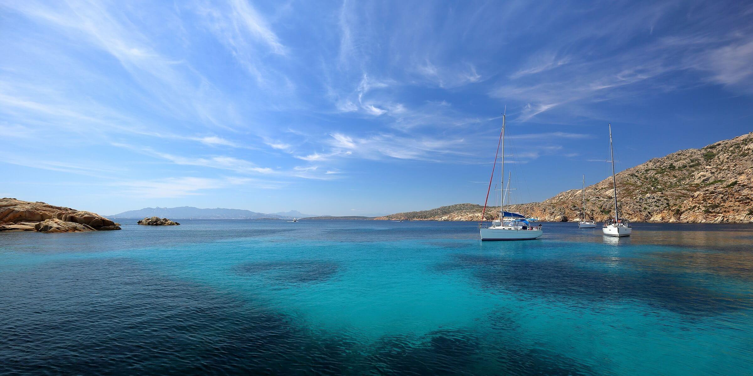 Das Meer um Sardinien ist einfach traumhaft, kein Wunder das die Insel oft die kleine Schwester der Karibik genannt wird