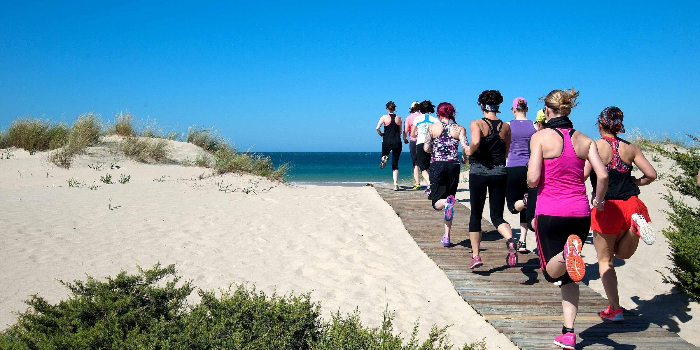Der Strand eignet sich perfekt für ein Workout