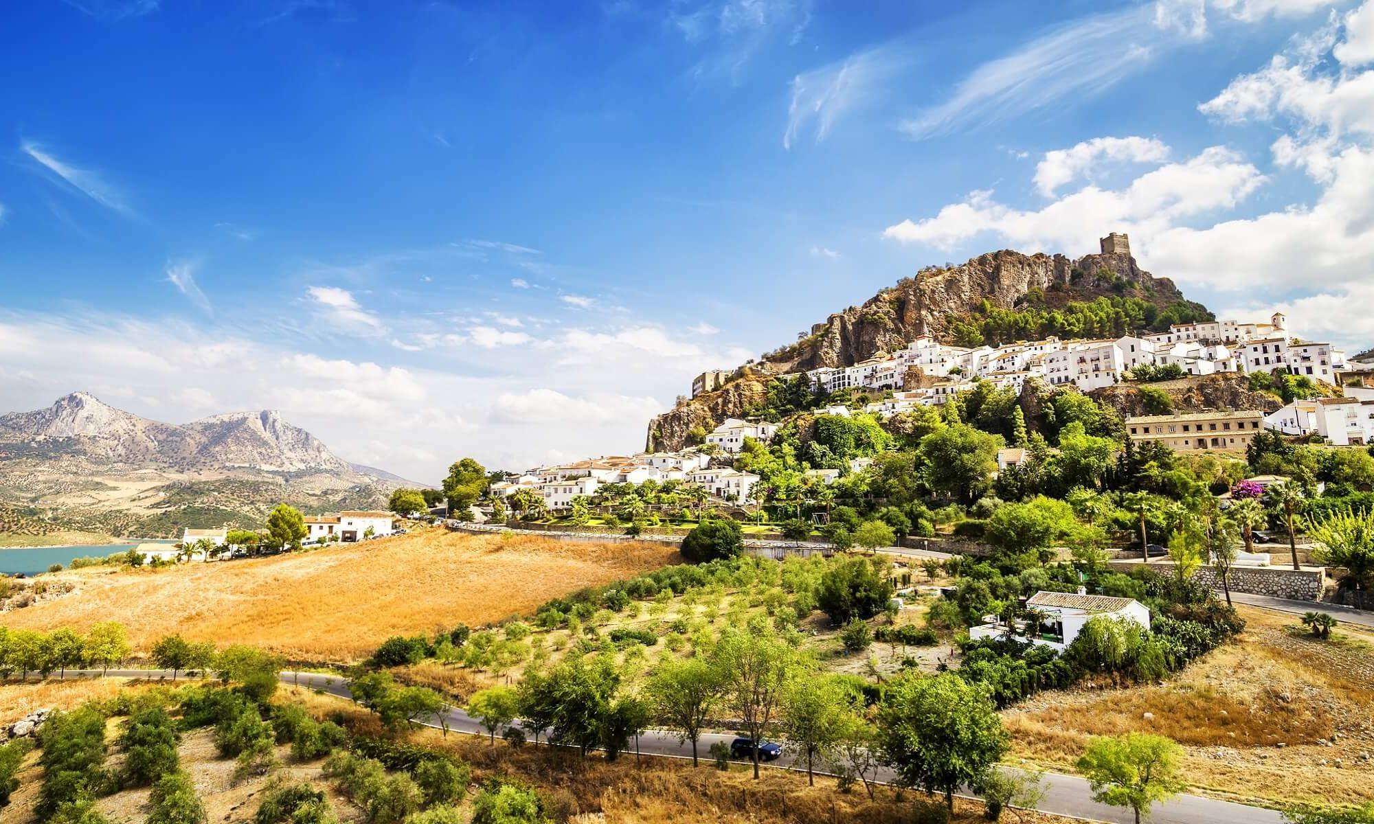 Die Landschaft um Grazalema und Zahara in Andalusien