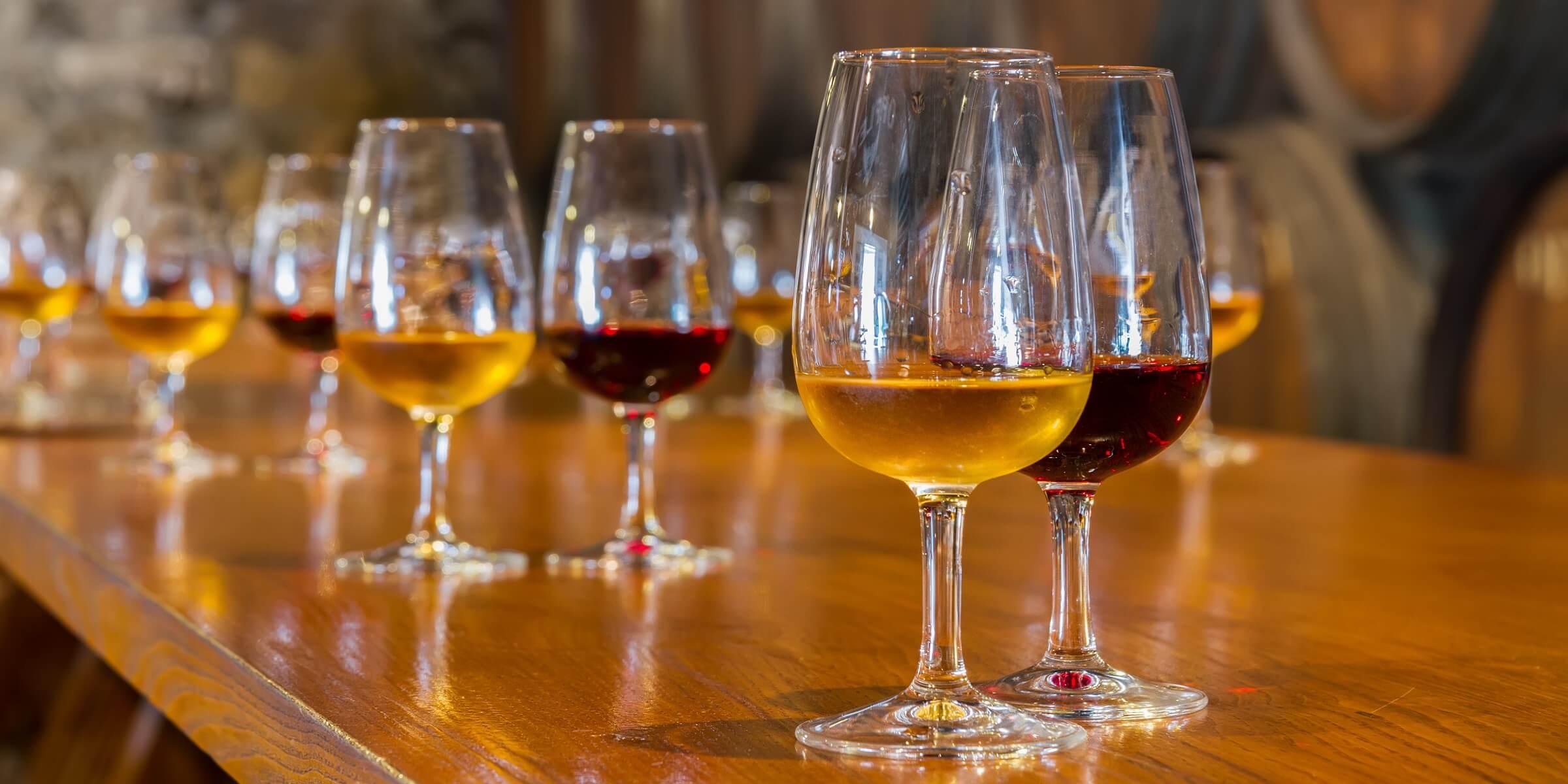 Spanien ist bekannt für sehr guten Wein.