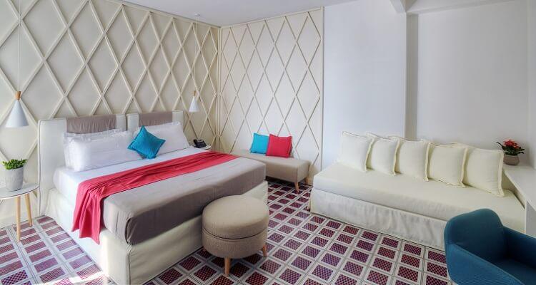 Ein Zimmerbeispiel für das Rivera Hotel in Apulien