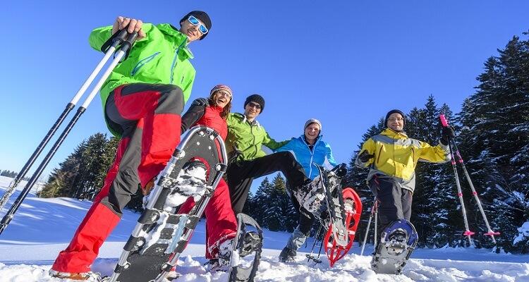 Aufregende Schneewanderung bei Ihrer Singlereise ins Lappland