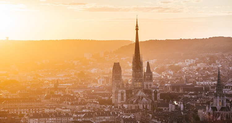 Die romantische Altstadt von Rouen in der Normandie wird Sie verzaubern
