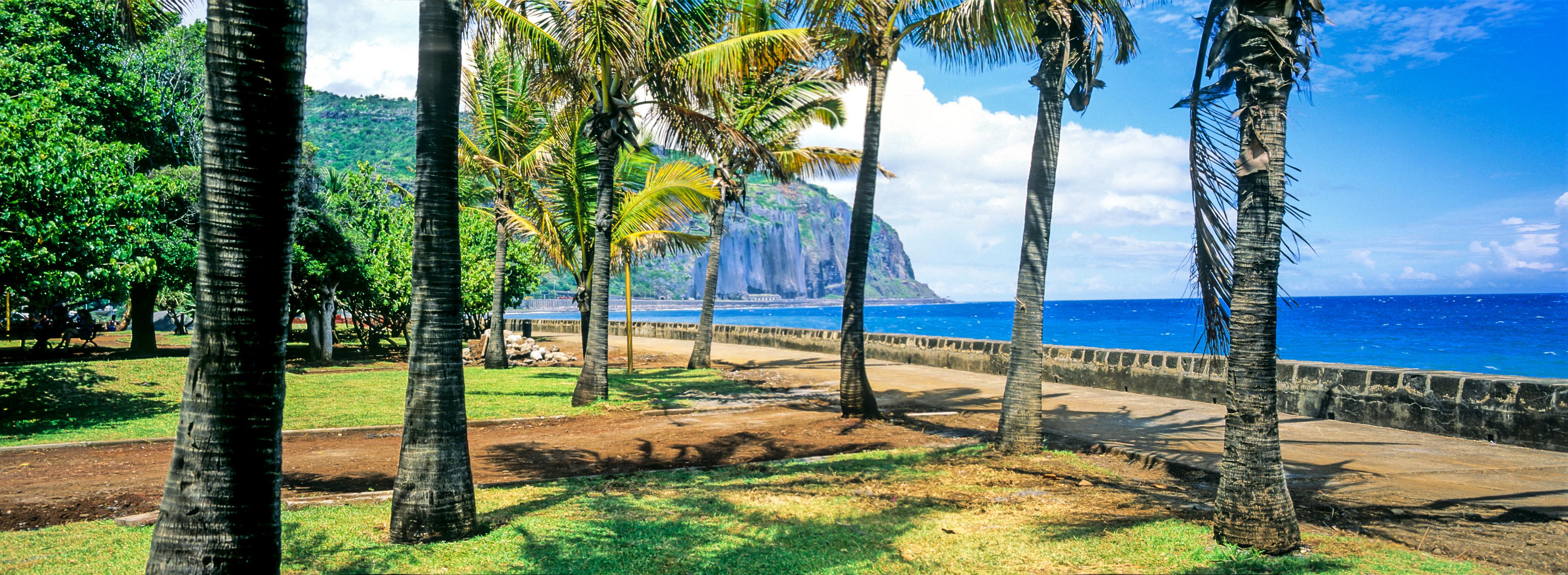In Saint Denis in La Reunion können Sie sich noch einmal richtig entspannen und den Singleurlaub genießen
