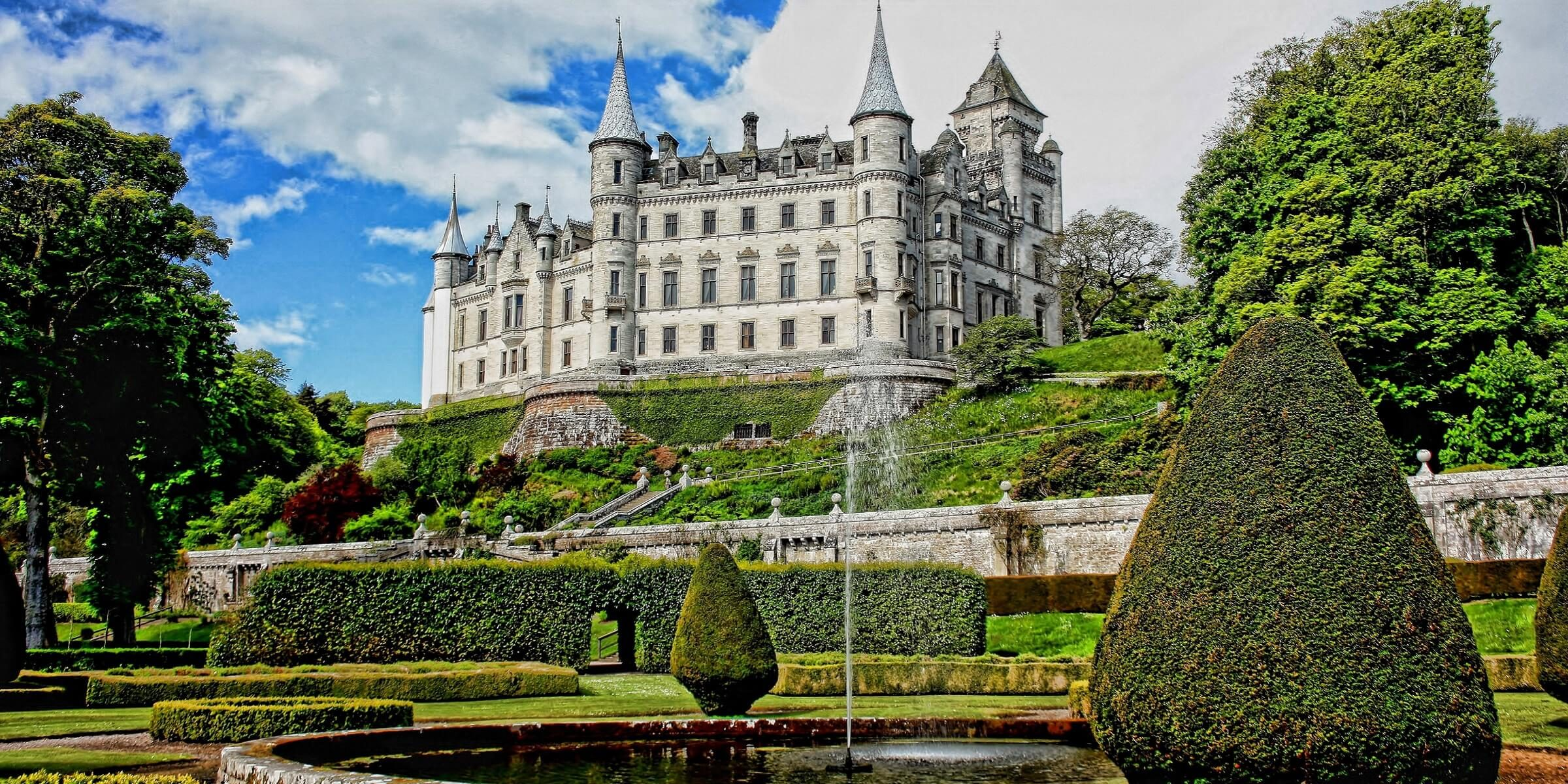 Eines der schönsten Schlösser in Schottland, ist das Dunrobin Schloss