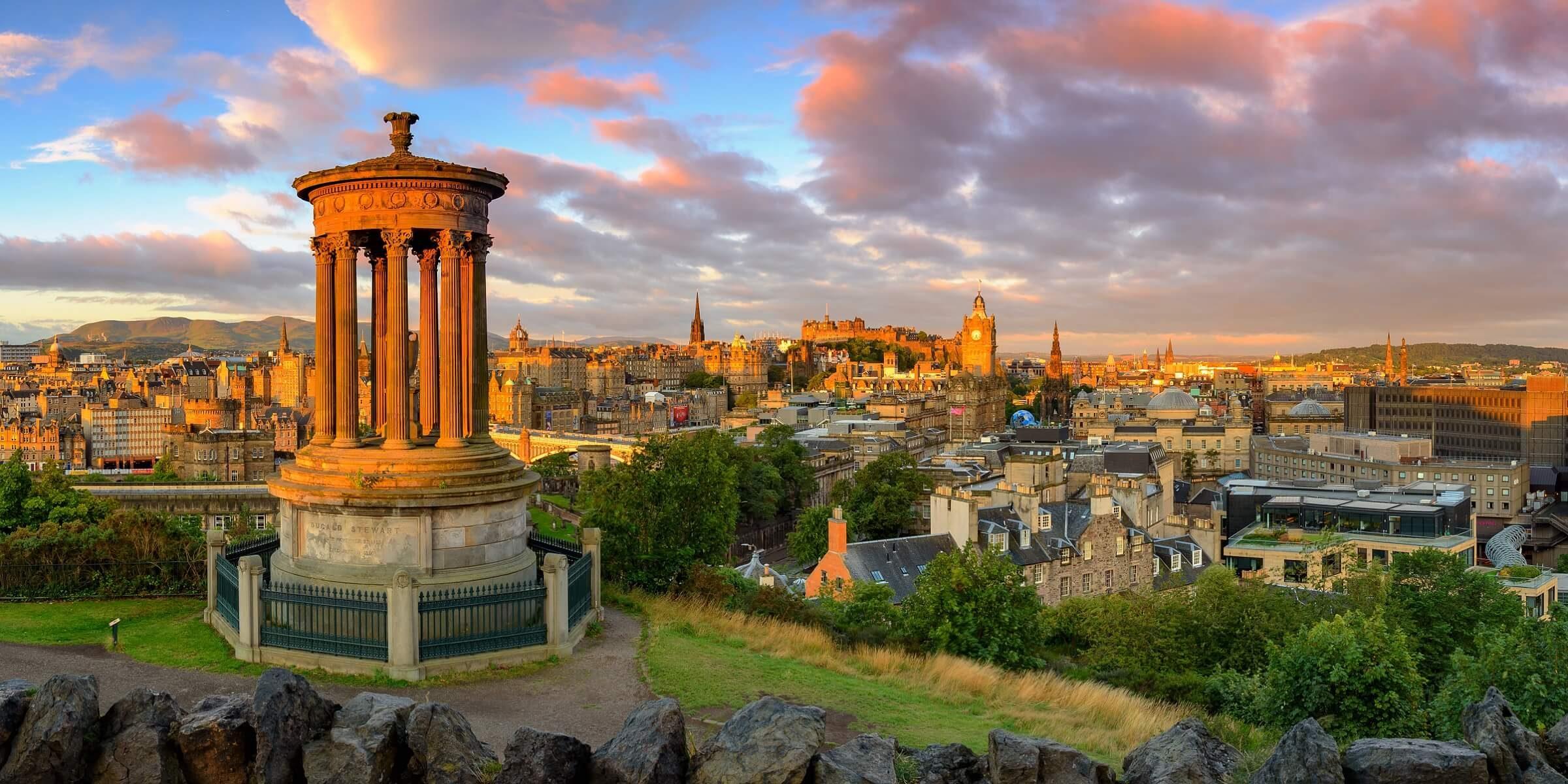 Die Hauptstadt von Schottland ist Edinburgh, genießen Sie die Shopping-Zeit