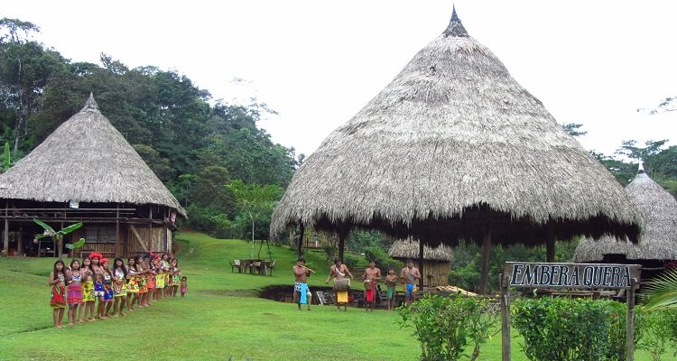 Embera Dorf in Panada