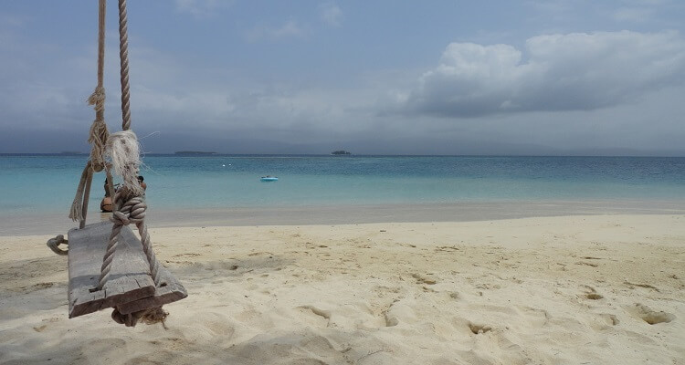 Schaukel am Strand in Panama