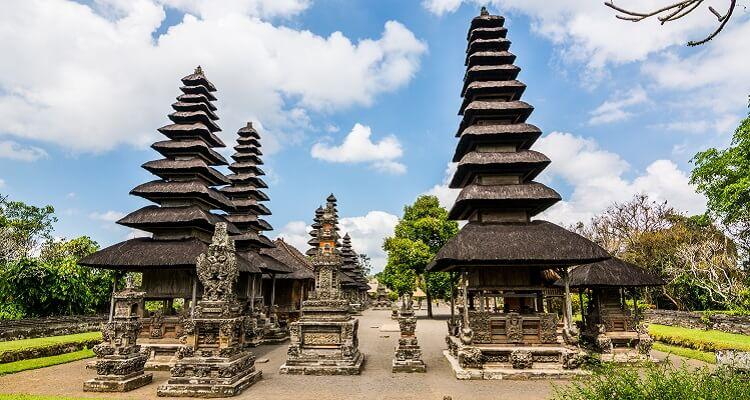 Die Besakih Tempel auf Bali