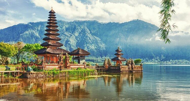 Die berühmten Tempel auf Bali