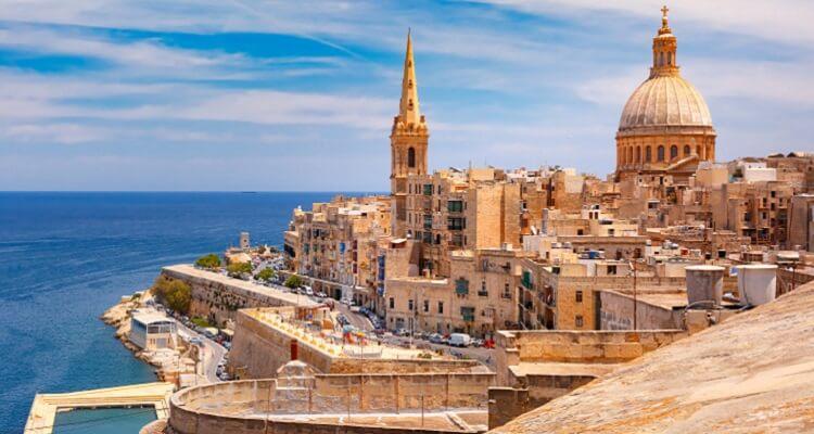 Adamare Singlereise auf Malta zu Silvester Valletta