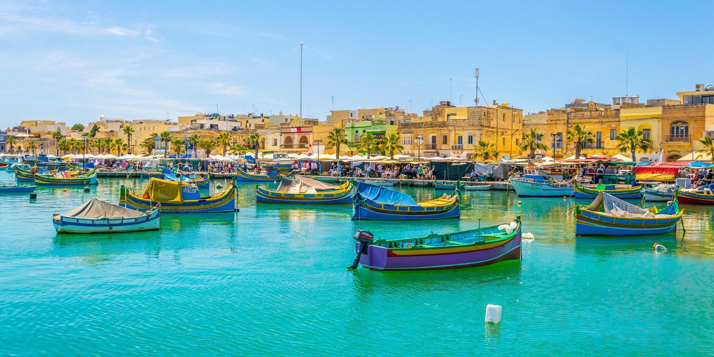 Auf Ihrer Singlereise nach Malta erkunden Sie den malerischen Hafen von Marsaxlokk