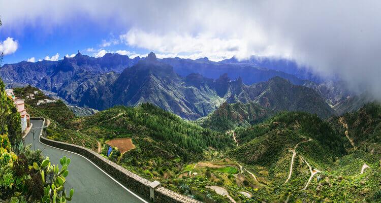 Singlereise nach Gran Canaria- grünes Hinterland