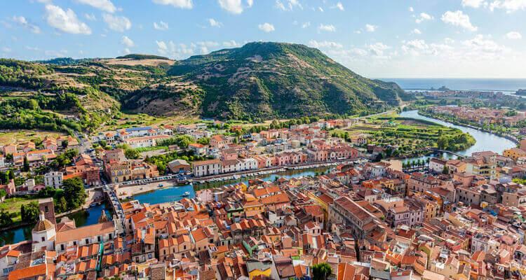 Singlereisen nach Sardinien - Bosa