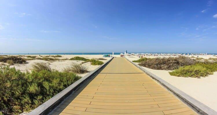Singlereise nach Abu Dhabi - Saadiyat Island Beach