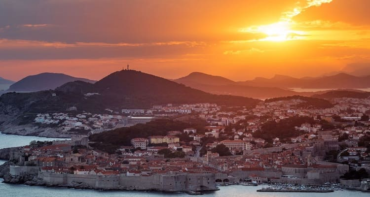 Singlereise nach Montenegro - Sonnenuntergang in Dubrovnik