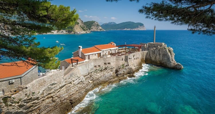 Singlereise nach Montenegro - Petrovac Bucht
