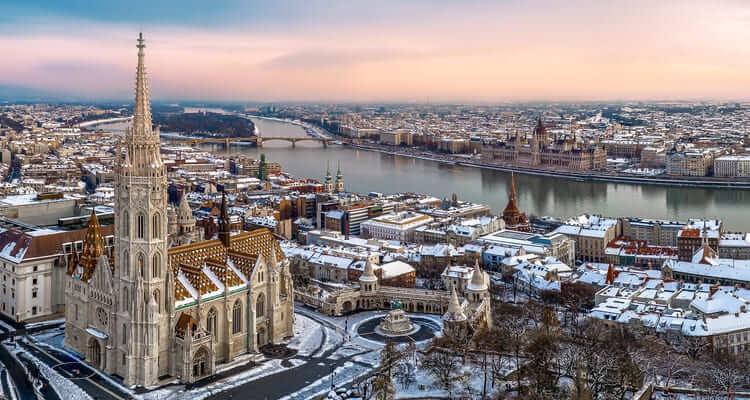 Singlereise nach Budapest - Altstadt im Winter