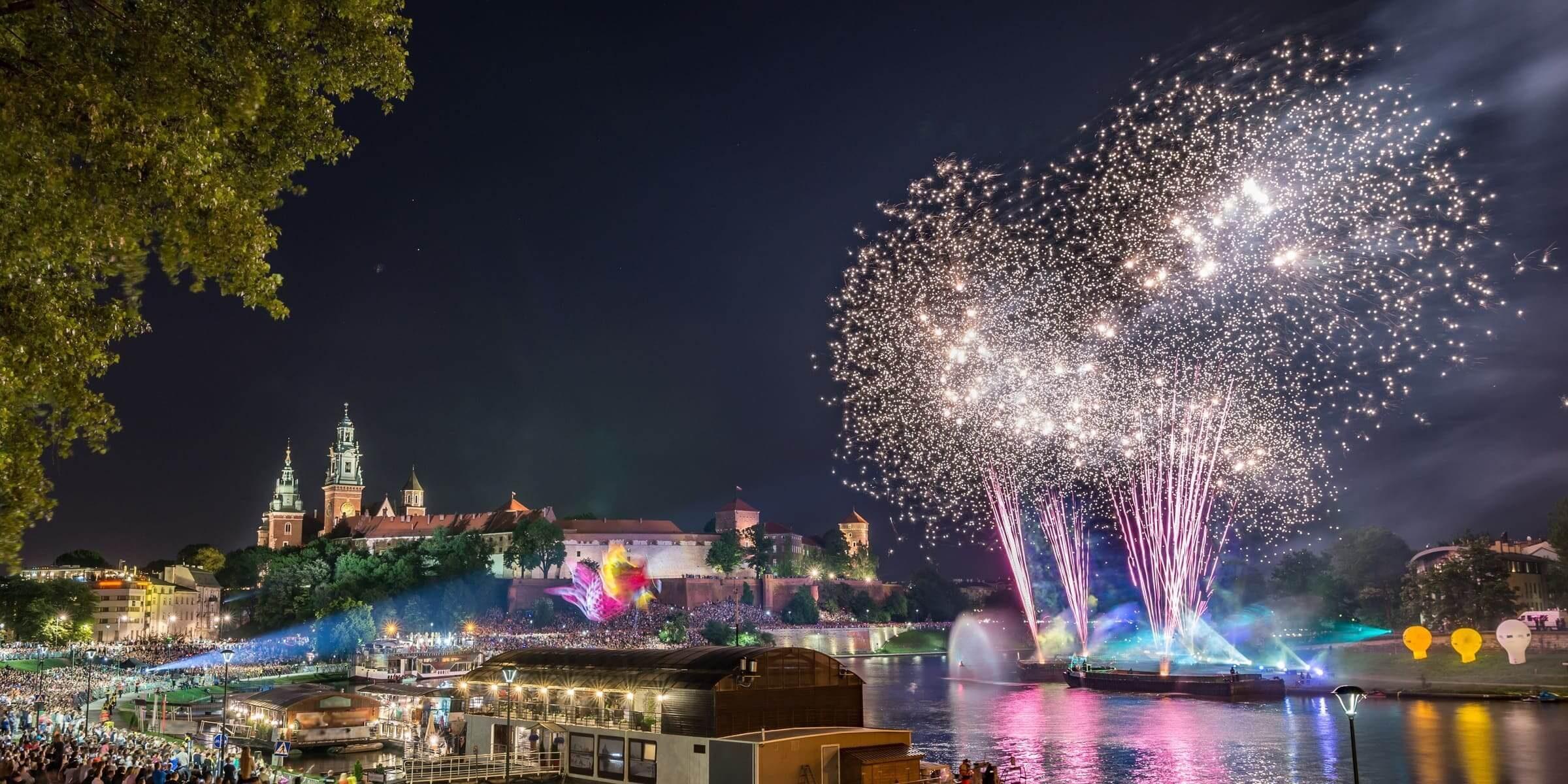 Singlereise nach Krakau - Feuerwerk