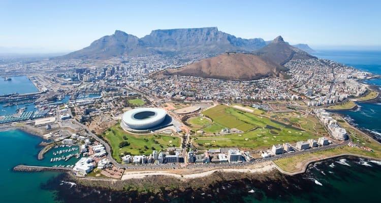 Singlereise nach Südafrika - Kapstadt von oben